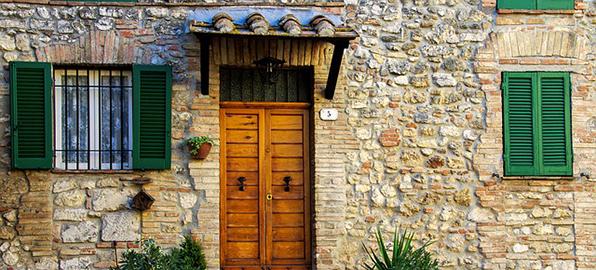 Limpieza fachadas de piedra valencia limpiezas kronos for Losetas para fachadas